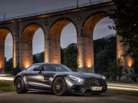 2018-mercedes-amg-gt-c-edition-50-wallpapers