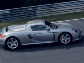 the-porsche-carrera-gt-just-turned-20—here's-what-makes-it-one-of-our-favorites