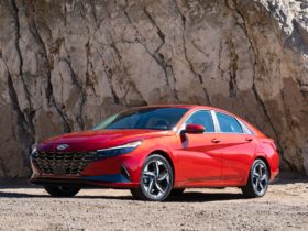 2021-hyundai-elantra-tested,-2021-sonata-n-line-driven,-2021-elantra-hybrid-reviewed:-what's-new-@-the-car-connection