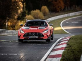 mercedes-benz-amg-gt-black-series-sets-new-bar-with-6:43.61-nurburgring-production-car-lap-record