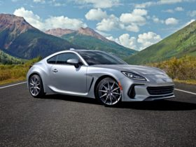 first-details-and-pictures-of-the-new-subaru-brz