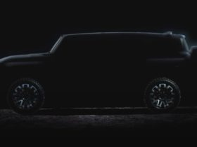 hummer-electric-suv-appears-just-weeks-after-pick-up-debut