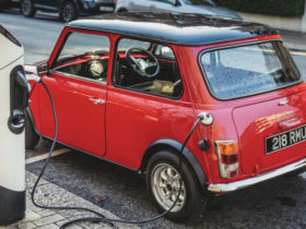 new-kit-allows-old-minis-to-be-converted-to-electric-power