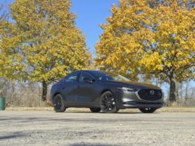 first-drive-review:-the-2021-mazda-3-2.5-turbo-moves-with-maturity
