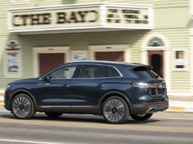 2021-lincoln-nautilus-updated,-2023-mini-countryman-preview,-gm's-bold-ev-plan:-what's-new-@-the-car-connection