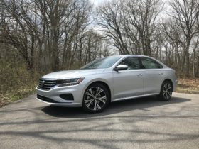 volkswagen-to-pass-on-passat,-cease-production-of-sedan-by-2023