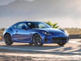 2022-subaru-brz-first-look-review:-entry-level-fun-lives-on