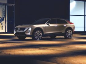cadillac-to-dealers:-spend-$200,000-to-upgrade-for-electric-future-or-move-on