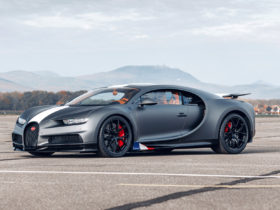 bugatti's-newest-chiron-honors-some-legends-of-the-skies