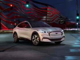 ford-mustang-mach-e-meets-targeted-epa-estimated-range