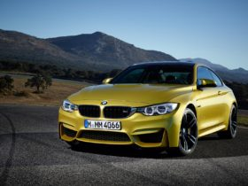 2015-bmw-m4-coupe-wallpapers
