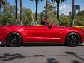 2020-ford-mustang-gt-convertible-review
