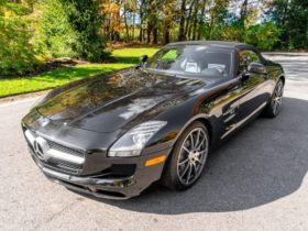 for-sale:-2012-mercedes-benz-sls-amg-roadster