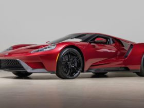 for-sale:-ford's-vp-of-design-is-selling-his-2017-ford-gt