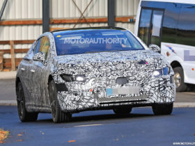 2022-mercedes-benz-eqe-spy-shots