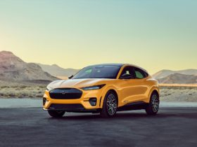 ford-reveals-new-mustang-mach-e-gt-performance-edition-packing-480-hp