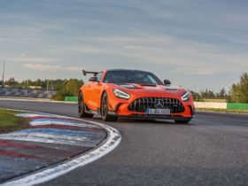 2021-mercedes-benz-amg-gt-black-series:-track-athlete-comes-with-720-hp,-$326,050-price-tag