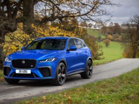 2021-jaguar-f-pace-svr-arrives-with-extra-grunt-from-supercharged-v-8