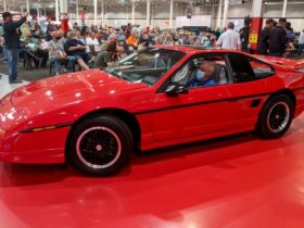 the-last-pontiac-fiero-gt-sold-for-$90,000-at-auction