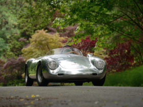 synthetic-fuel-is-how-porsche-intends-to-keep-its-classics-on-the-road