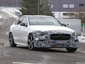2022-mercedes-benz-c-class-spy-shots:-s-class-looks-and-tech-in-the-cards