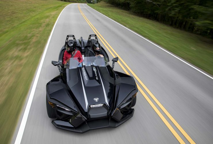 preview:-2021-polaris-slingshot-brings-further-refinement-to-3-wheel-segment