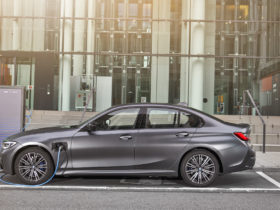 2021-bmw-3-series-overview,-2020-audi-a6-allroad-revisited,-phev-pollution-controversy:-what's-new-@-the-car-connection
