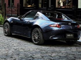2021-mazda-mx-5-price-and-specs:-updated-sports-car-gains-track-oriented-gt-rs-variant
