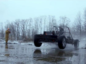 lordstown-shows-endurance-electric-pickup's-chassis-and-in-wheel-motors-in-action