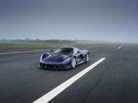 hennessey-venom-f5-arrives-with-$2.1m-price-tag-and-1,817-horsepower,-aims-for-311-mph