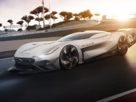 jaguar-vision-gran-turismo-sv-is-the-electric-race-car-of-the-future
