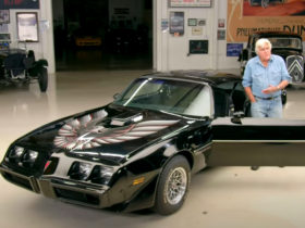 """jay-leno-lives-out-""""smokey-and-the-bandit""""-dreams-in-a-near-perfect-1979-pontiac-firebird"""