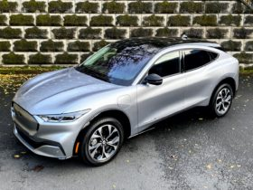 ford-mustang-mach-e-and-acura-tlx-vie-for-the-prize,-2021-toyota-mirai-driven:-what's-new-@-the-car-connection
