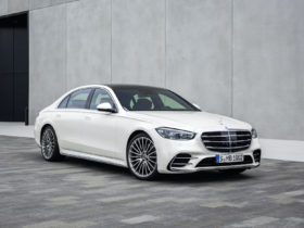 preview:-2021-mercedes-benz-s-class-sedan-hurtles-into-the-future-with-$110,850-price-tag
