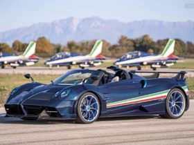 pagani-huayra-tricolore-debuts-with-a-pitot-tube-and-more-power