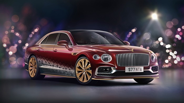 'reindeer-eight'-shows-the-expertise-of-bentley-mulliner-to-meet-any-customer-request