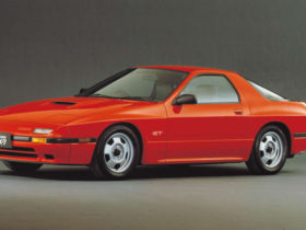 mazda-adds-iconic-rx-7-to-heritage-parts-program