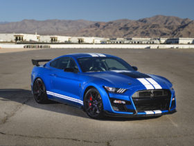 ford-mustang-shelby-gt500:-motor-authority-best-car-to-buy-2021-nominee