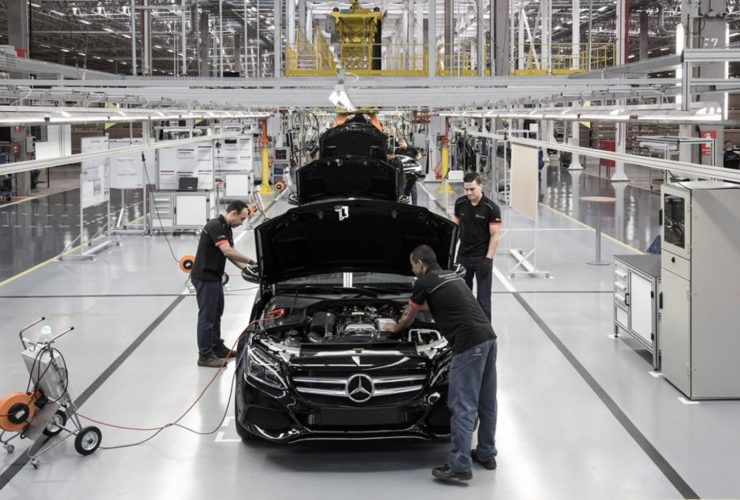 mercedes-shutting-down-car-production-in-brazil-due-to-codiv-19
