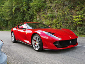 2017-20-ferrari-812-superfast-recalled-over-rear-window-fault