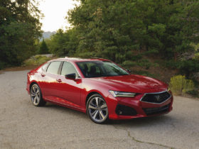 acura-tlx-earns-top-safety-rating,-genesis-gv80-nominated,-apple-car-planned:-what's-new-@-the-car-connection