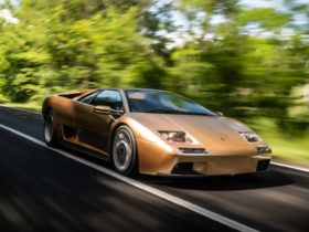 the-lamborghini-diablo-is-now-30-years-old