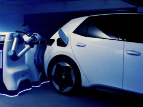 vw-developing-mobile-robot-to-automate-charging