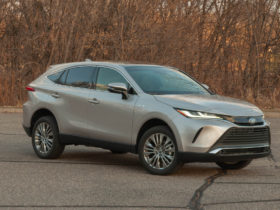 review-update:-2021-toyota-venza-limited-delivers-on-broken-lexus-rx-dreams