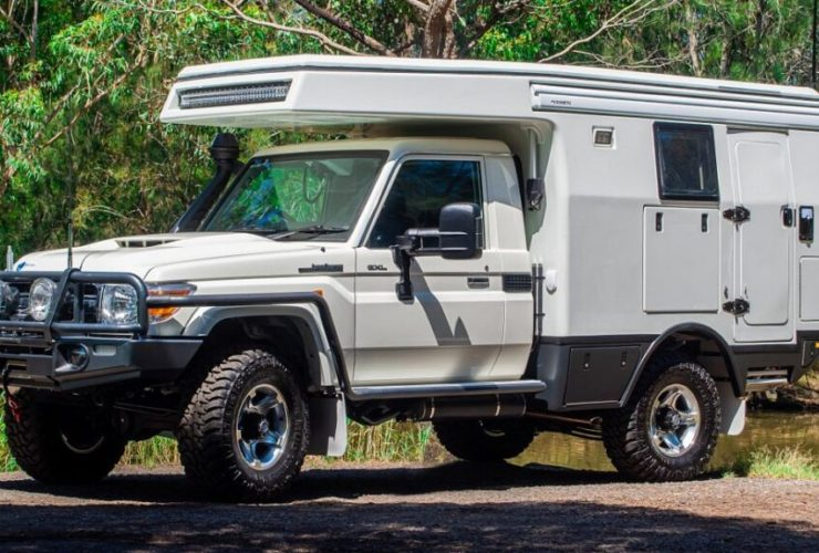 toyota-land-cruiser-suv-turned-into-a-motorhome