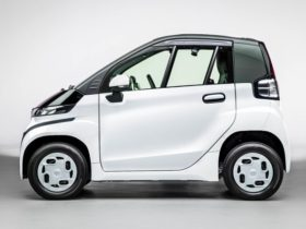 toyota-launches-c+pod-electric-vehicle-in-japan