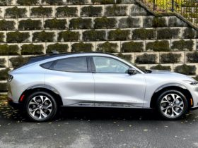 ford-mustang-mach-e:-best-electric-car-to-buy-2021