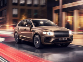preview:-2021-bentley-bentayga-hybrid-brings-new-looks,-tech