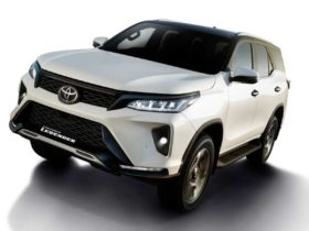 toyota-fortuner-facelift-launched-in-india-at-rs-29.98-lakh