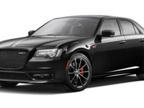 over-and-out-for-chrysler-300-srt:-last-affordable-v8-sedan-reaches-the-end-of-the-road-in-australia